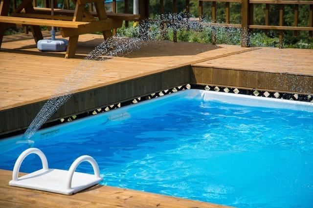 ubytování s bazénem v Černohorském sedle